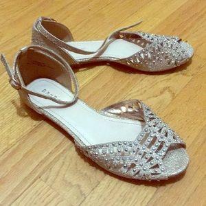 Sparkling gold sandals